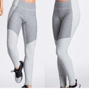 Outdoor Voices Gray Two-Toned Warmup Leggings Sm